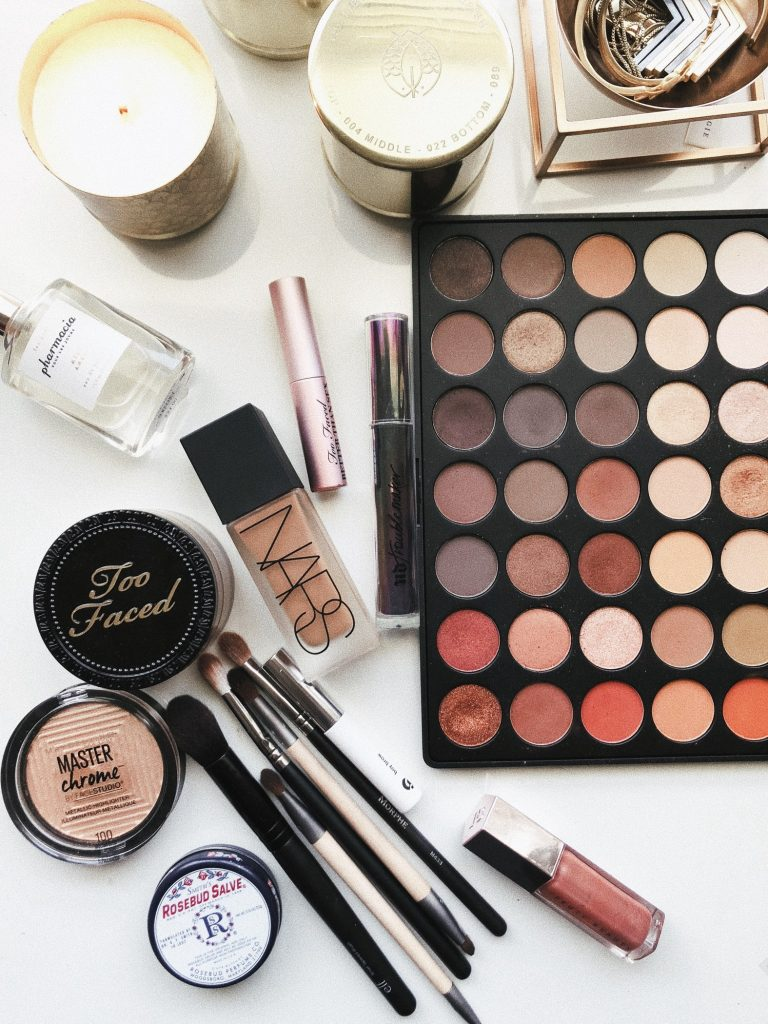 How To Organise Your Makeup Draw In 4 Easy Steps
